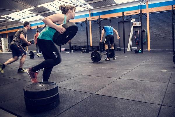 Mit CrossFit kannst du schnell und nachhaltig abnehmen